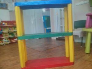 une si belle etagere pour livres ou jouets