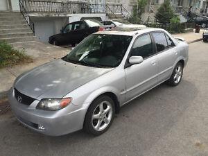 2002 Mazda Protege ES  Automatique excellente condition 2500$
