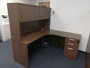 Great deal - Office desk with hutch