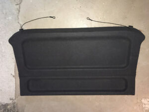 Cache bagage Mazda Protege 5 - hidden trunk panel bagage