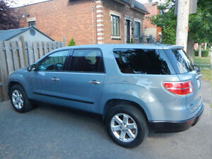 2008 Saturn OUTLOOK XE (eq. GMC ACADIA) 8 PLACES