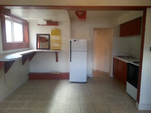 RAMSAY SPACIOUS BACHELOR APT INCULDED UTILITY on RENT RIGHT AWAY