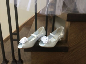 White First Communion / Flower Girl Shoes size 12