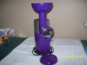 Big Boss Swirlio Frozen Dessert Maker