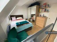 1 bedroom in Grosvenor Wharf Road, London, E14 (#1159449)