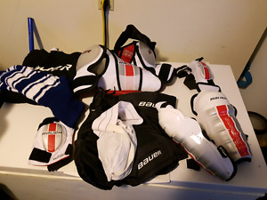 Bauer youth mm hockey set