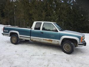1991 GMC C/K 2500 Pickup Truck