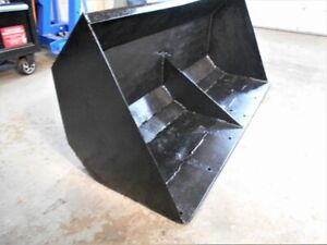 Loader Bucket for a compact or midsize tractor