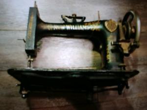 Moulin New williams 1880 antiquité machinevà coudre