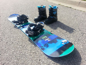 SIMS Jr Snowboard 140+ and Burton Youth Grom Boots Size 5/6