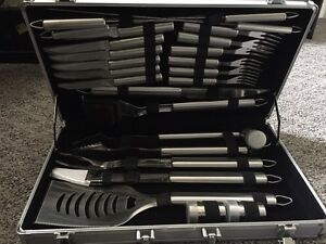 24-PIECE/STAINLESS/BBQ-UTENSILS/CASE