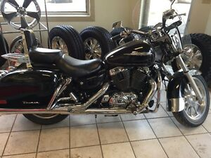 **2001 honda shadow!  nice bike!**
