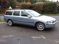 Volvo V70 2.4 auto D5 SE**Rare Diesel Automatic**1 Owner**FSH**Fully Loaded**
