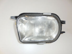 Mercedes C240 CL600 SL600 01-07 OEM Fog Light Left 2038201156