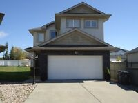 Quiet cul-de-sac House for SALE in Stony Plain !!!!