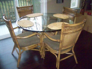 Kitchen Table & 4 Chairs; Glass Top & Rattan Chairs