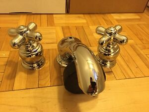 BRAND NEW MOEN MONTECELLO CHROME TAPS WITH SOLID BRASS ROUGH IN