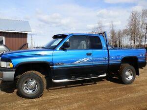 1998 Ram 2500 Pickup Truck