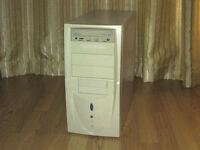 AMD Athlon 64 3700+, RAM 1.5 GB, HDD 80 GB, Video 256 MB
