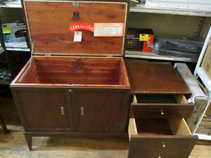Cedar Lined Chest with Side Drawers Peterborough Peterborough Area image 2