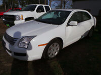 2007 Ford Fusion SE, 2.3L 4CYL, ONLY 125,000kms