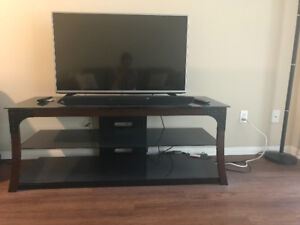LG Tv with Tv stand and speakers