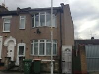Large 5 Bedroom House In Plaistow has just come Available with a extremely Large garden Now.