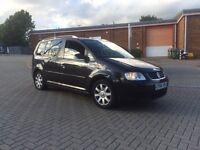 Volkswagen Touran 2.0 TDI SE DSG 5dr (5 Seats) DIESEL-AUTOMATIC