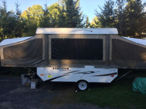 2015 Starcraft Starflyer 10 foot Pop up Camper