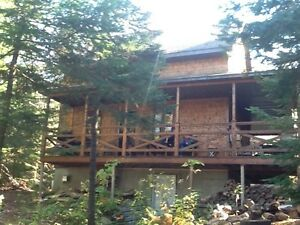 Chalet - Lac Gary - St-Adolphe D'Howard