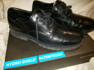 NEW ROCKPORT MENS SIZE 13 WATERPROFF BLACK LEATHER SHOES