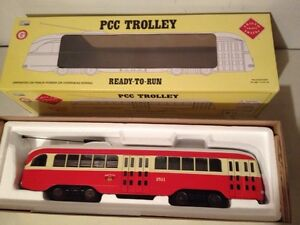 G scale trains : trolleys