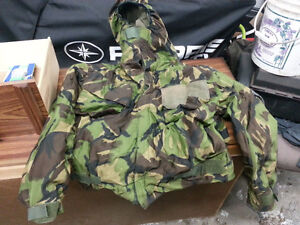 Army Camo Suit *Perfect for Hunting, Paintballing, Lots more Oakville / Halton Region Toronto (GTA) image 1