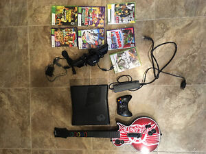 Mint Xbox 360 2nd generation 5 gig with Kinect