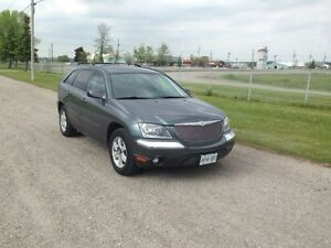 2004 Chrysler Pacifica with DVD player. WELL MAINTAINED.
