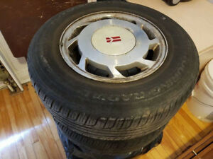 sell 4x summer tires on mugs