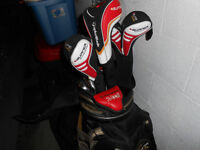 Mens right hand golf set with bag