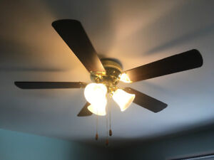 "42"" Hugger Ceiling Fan/Light"