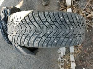 4 pneus hakkappelitta 8