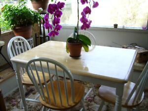 table and 4 chairs wood