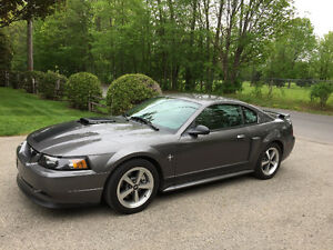 2003 Ford Mustang Mach1 comme neuf'