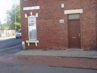 2a University Street