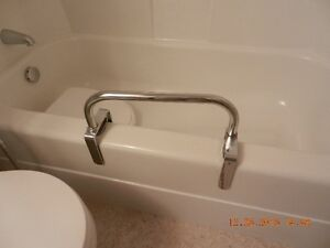 Tub Grab Bar