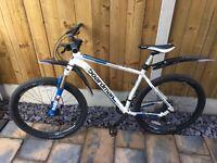 Boardman 650b pro mountain bike