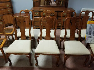 Dining Room Chairs (4 Available)