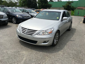 2009 Hyundai Genesis w/Premium PKG/Excellent shape/Clean vehicle