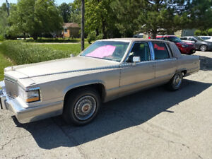 1992 Cadillac Brougham D'elegance Sedan