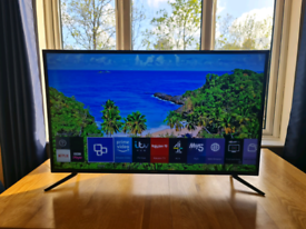 "Samsung 40"" 4K Smart TV"