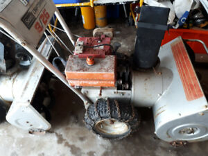 "Craftsman 8HP Craftsman motor 26"" snowblower"
