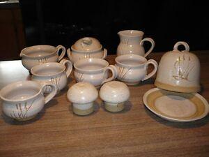 ensemble de poterie